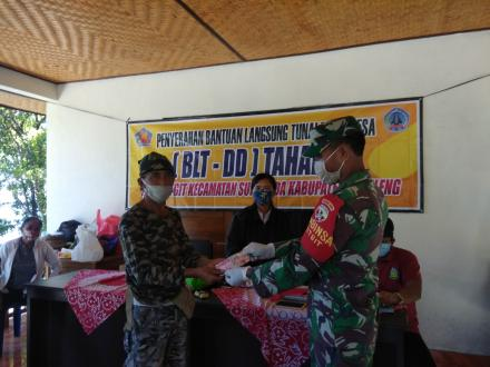 Penyerahan Bantuan  Langsung Tunai (BLT-DD) Desa Gitgit Tahap III